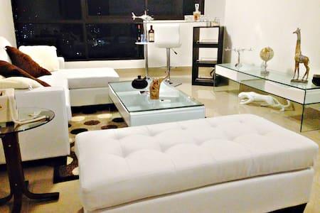 Precioso cuarto en departamento San Francisco, PA - Panamá - Leilighet
