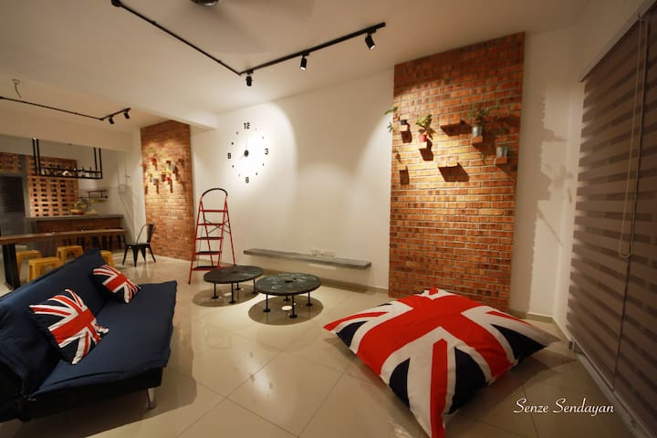 High style and rustic accents stay - Seremban