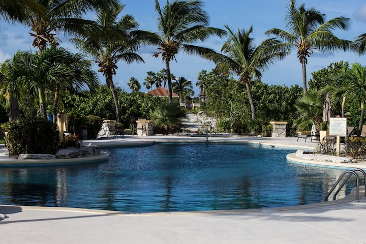 1 bdrm pool and garden view , pool, hot tub, beach