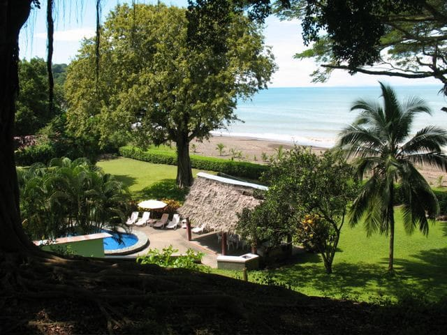 Beachfront 6bd Pool, Maid, Cook, SUV's, 7 Kayaks - Jacó - House