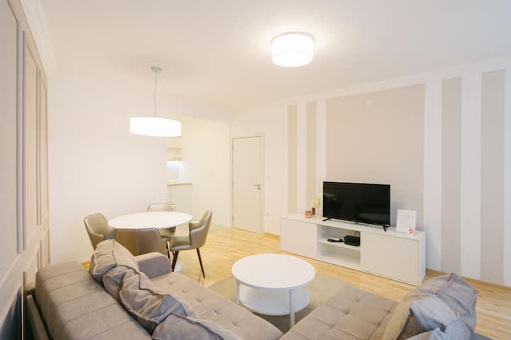 NAR Royalton Apartment #71