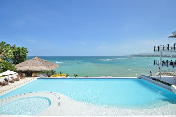 3 BR Cohiba Oceanview Luxury Suite! - Malay - Villa