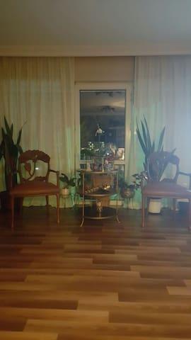 Personal Room in Sarıyer - Zekeriyaköy Köyü - Leilighet