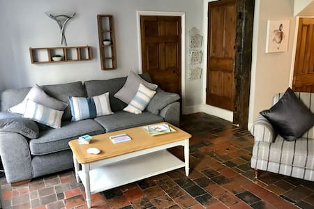 Beautiful dog friendly 2 bed  in Audlem!