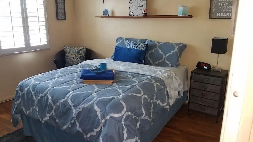 Comfy Cozy Casa