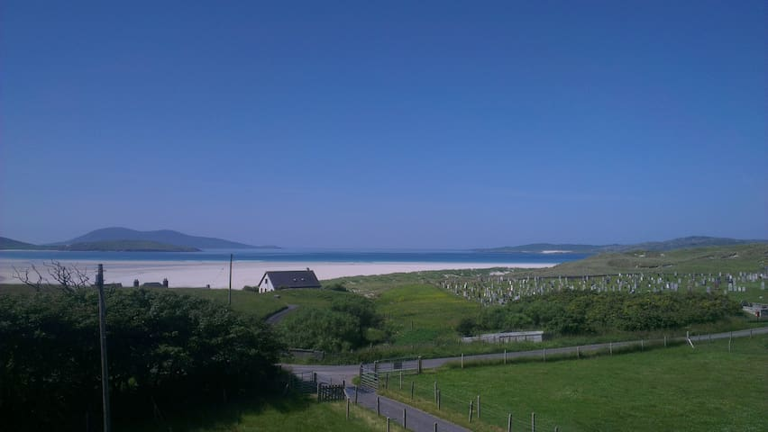 Luskentyre Lodge Bed & Breakfast