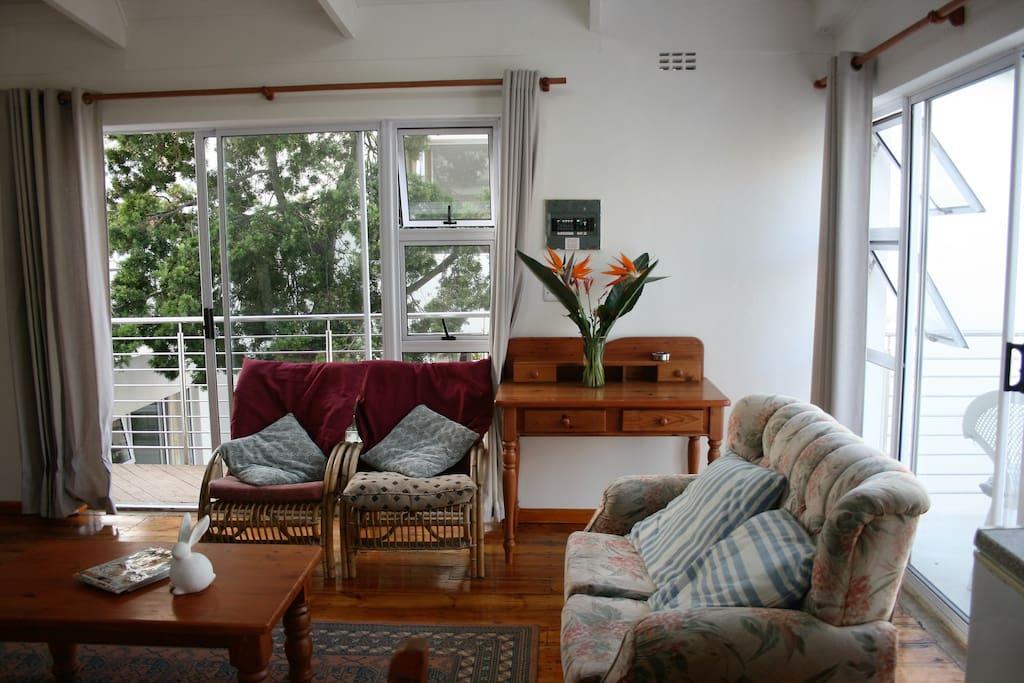 Seaside 2 Apartment Lounge