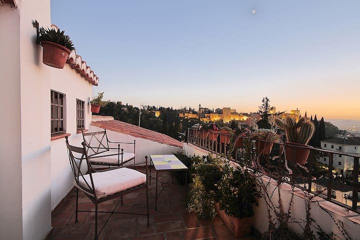 Apartment with views to ALHAMBRA VFT/GR/00051 - Granada - Apartment