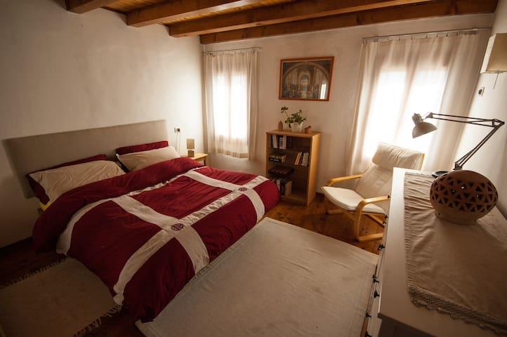 Mariposa - centro storico di Possagno - Possagno