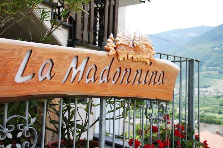 Appartamento La Madonnina - CIR 014078-CNI-00001