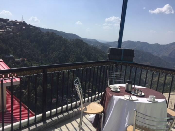 ADB RRoom Hotel  C Shimla