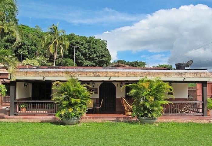 Finca de Descanso en San Antonio del Tequendama.