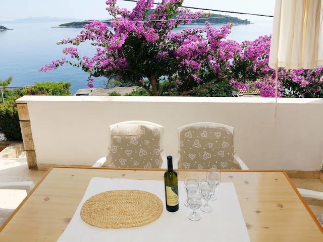 Holiday Apartment Martina for 6 persons / Isle of Korcula