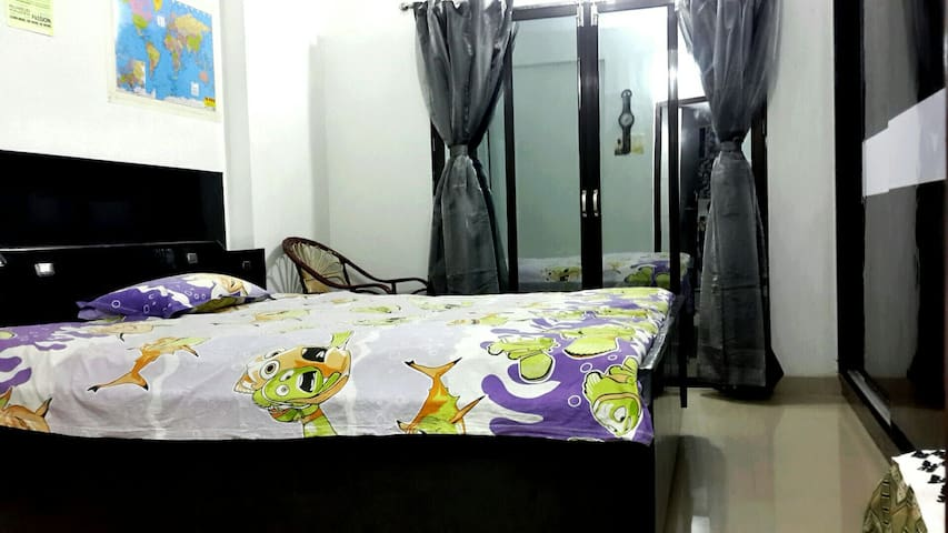 A penthouse with an amazing view - Vadodara - Appartement