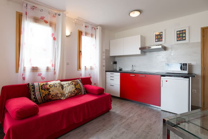 Apartment Dajla (Novigrad) - Red passion x 2