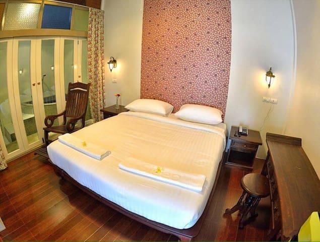 Deluxe Double Room Sleep Hotel - Room Only