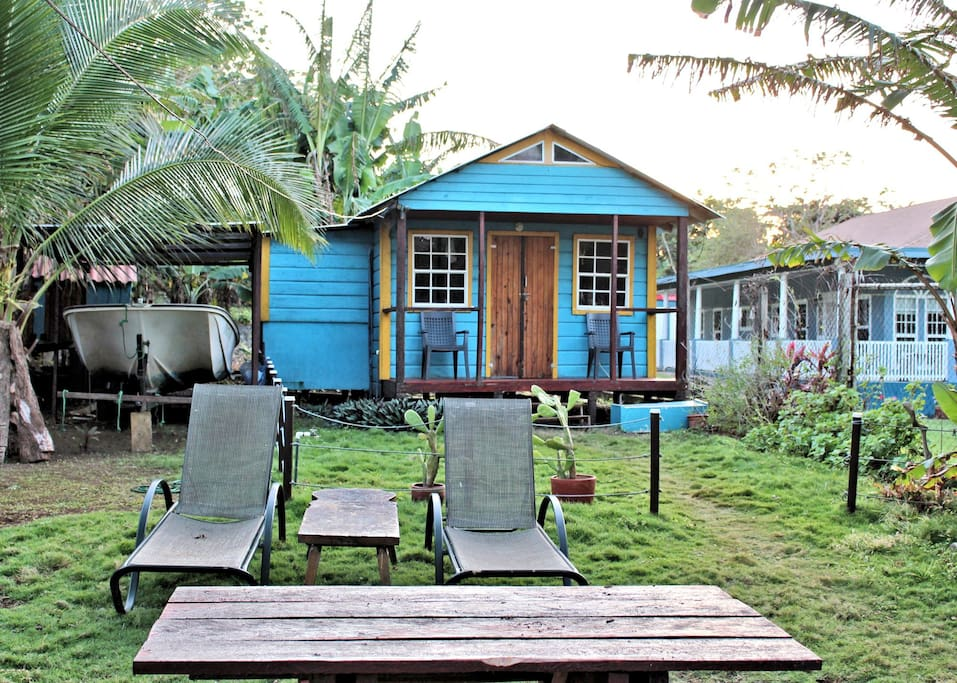 Coral Bay Cabin