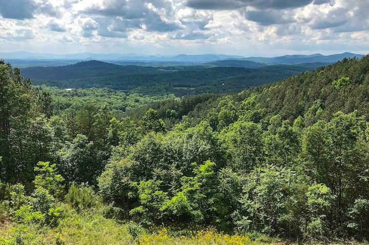 Horizons - Outstanding Mountain View