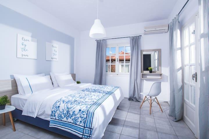 Aelia Apartment