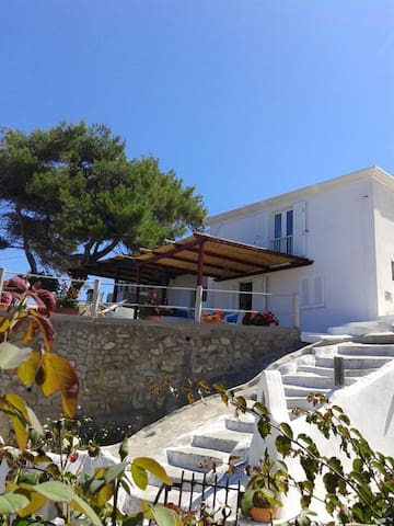 Airbnb Le Forna Vacation Rentals Places To Stay