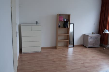 Spacious room for rent in Amsterdam-Noord - Amsterdam