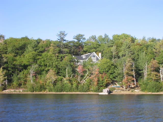 Lake View Georgian Bay Cottage, Parry Sound