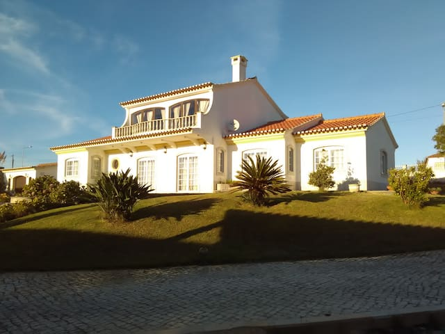 EcoVillage, Surf and Golf Residence - Lourinhã - Bed & Breakfast