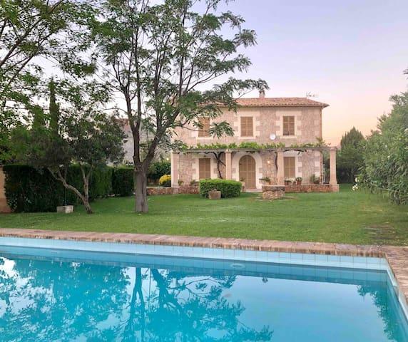 U Vila, Finca rústica con piscina