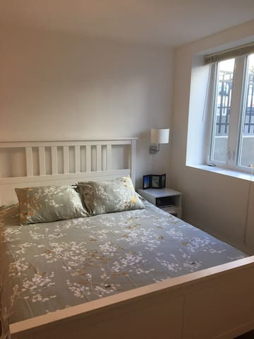 Spacious and clean two bedroom apt in Cambridge - Cambridge - Apartamento