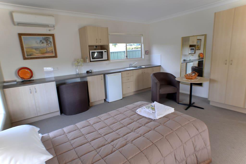 Goldfields Camp Unit 2 Kitchen