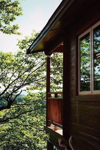 云上民宿(700米海拔的世外桃源)顶级木屋 - Jinhua Shi