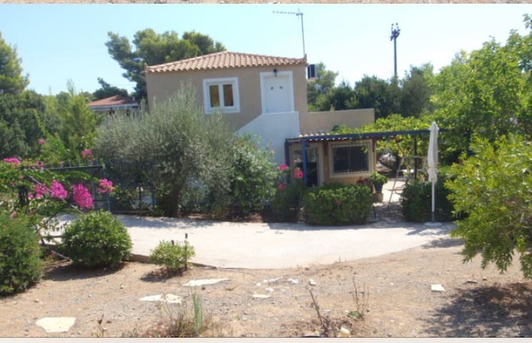 House for rent in Hinitsa Bay (Porto Heli area)