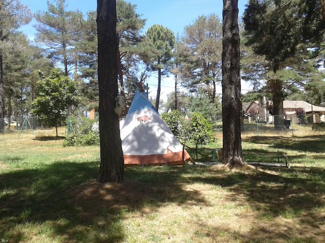 Tipi Arapahoe Monte Royal - Aguilar de Campoo - อพาร์ทเมนท์