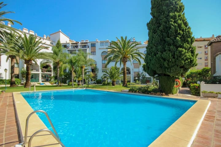 1 Bedroom Holiday Rental Apartment in Fuengirola