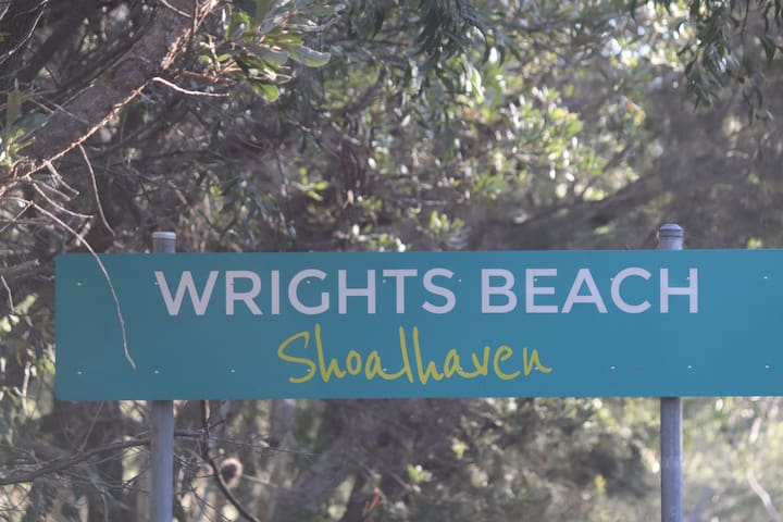 Welcome to Wrights Beach