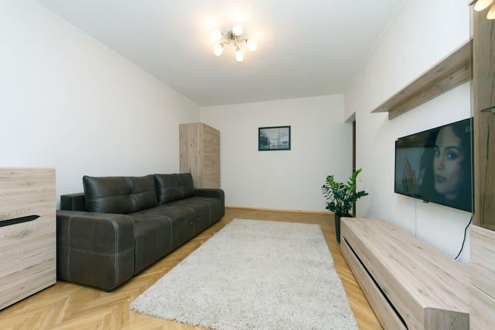 Deluxe Onebedroom close to Pecherskaya Lavra