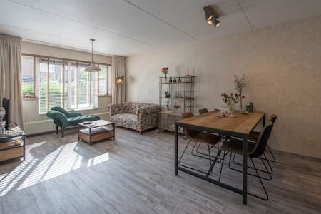 Own private  apartment near Amsterdam and Alkmaar.