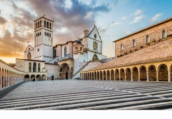 Scoprire Assisi e la meravigliosa  Umbria