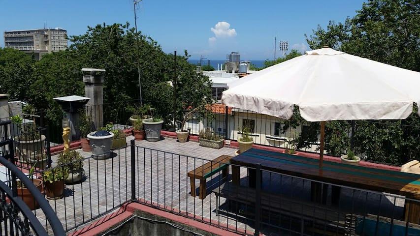 Habitación Privada Punta Carretas - Montevideo - Bed & Breakfast