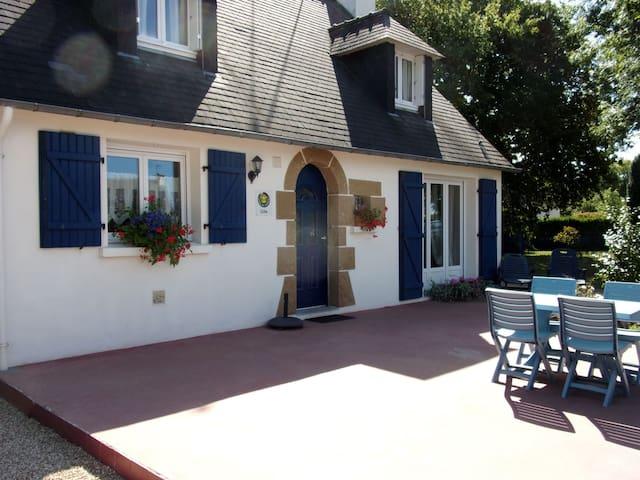 La maison bleue - Plouhinec - Villa