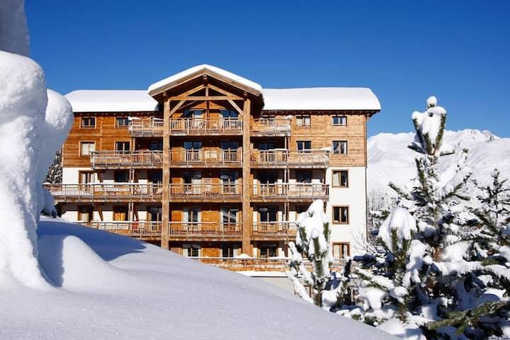 Appartement Cosy à 50m d'une Remontée Mécanique | TV + Local à Skis