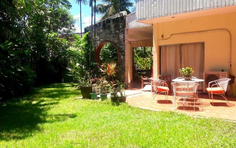 Great garden, fiber internet, 1 room for rent
