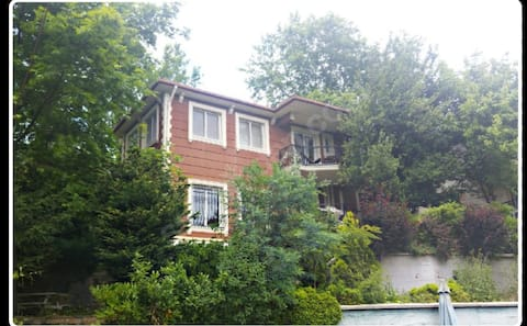 Comfy Villa with stunning  forest view in Beykoz