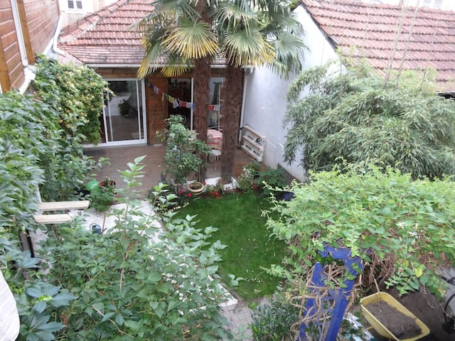 type F2 39 m2 avec petite terrasse - Pau - Leilighet