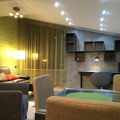 Апартаменты у аэропорта - Adler - Apartemen