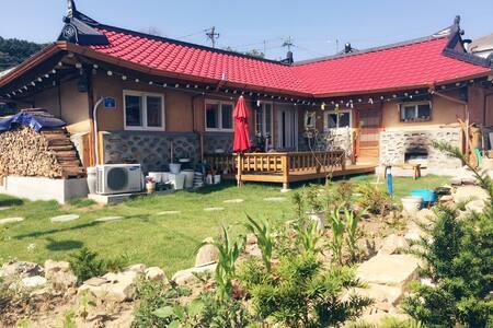 강화 고려궁지 근처 온돌방 황토한옥 - 인천광역시