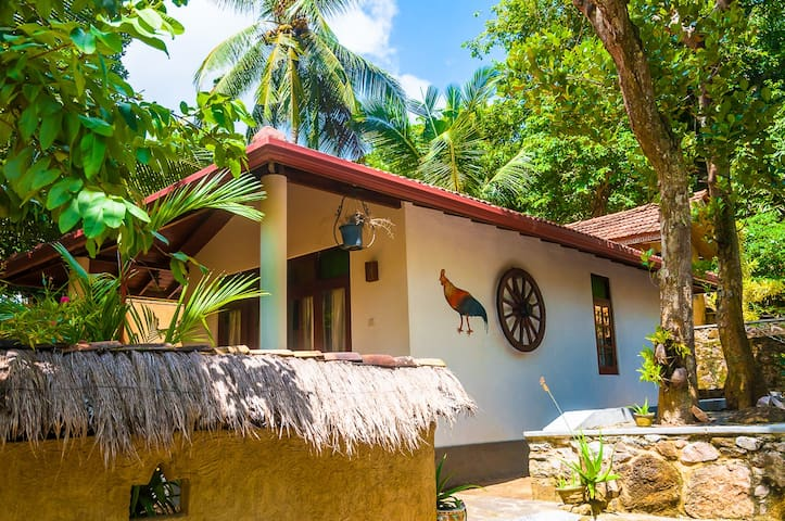 House Mount Alone - Unawatuna - Casa