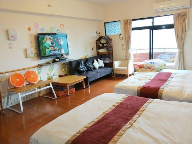 Yilan Jiaoxi 礁溪湯圍溝公園旁,5人溫泉大套房,療癒抒壓景觀湯屋,近火車站。