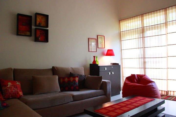 A beautiful cosy home in a quaint Goan village - Arpora - Leilighet
