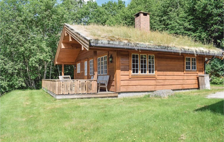 Holiday cottage with 3 bedrooms on 65m² in Olden